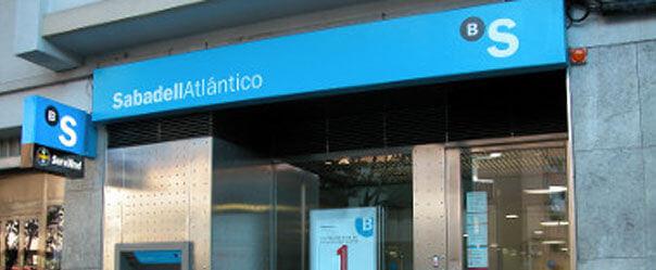 Las oficinas del sabadell supera en n mero a las del banco for Oficinas de banco financiero